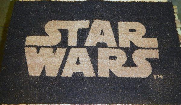 FELPUDO STAR WARS: LOGO . ACCESORIOS