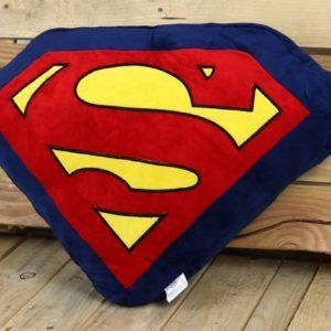 SUPERMAN (SIMBOLO), COJIN TRIANGULAR DC COMICS. ACCESORIOS